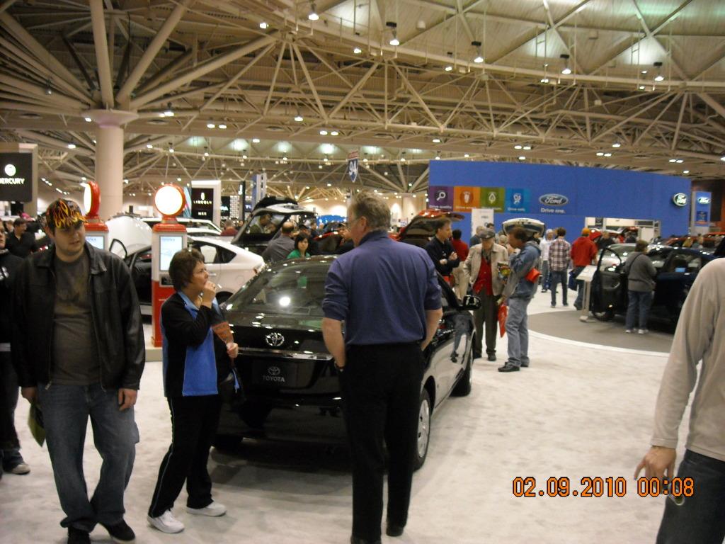 The Minneapolis Auto Show floor