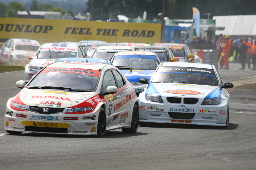 BTCC Croft June 2010 by Rob Dunckley