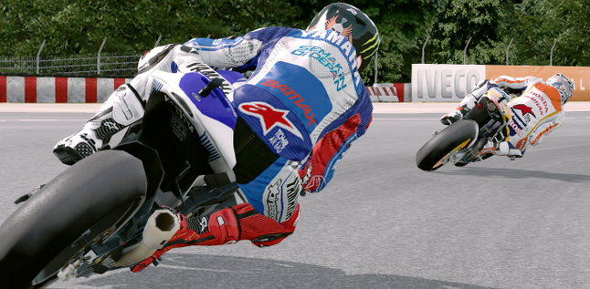MotoGP 13 Lorenzo Fights Back