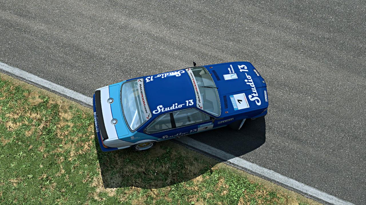 The BMW 635 CSi in RaceRoom Racing Experience.