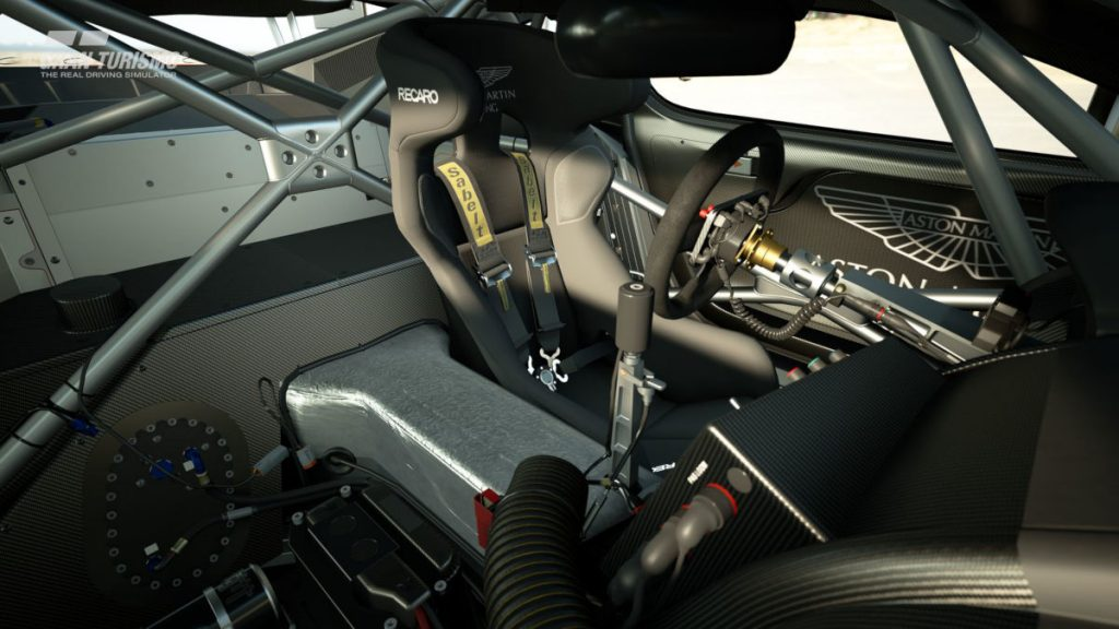 The interior of the 2010 Aston Martin DBR9 GT1 looks great in Gran Turismo Sport