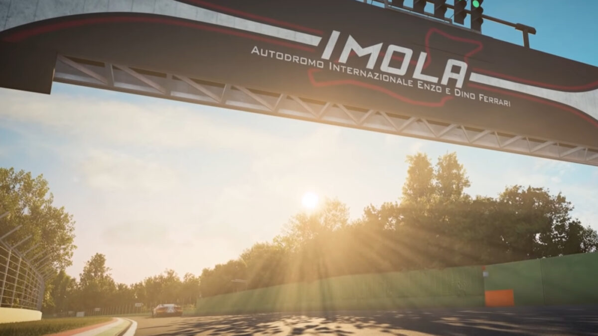 The Assetto Corsa Competizione 2020 GT World Challenge Pack DLC includes Imola and two new cars