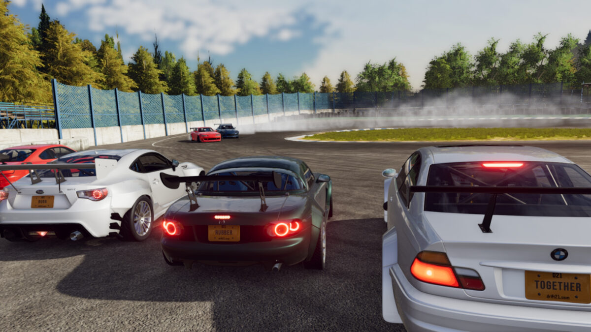 Practice your drifting online with friends, or compete in drift races with the new Drift21 update