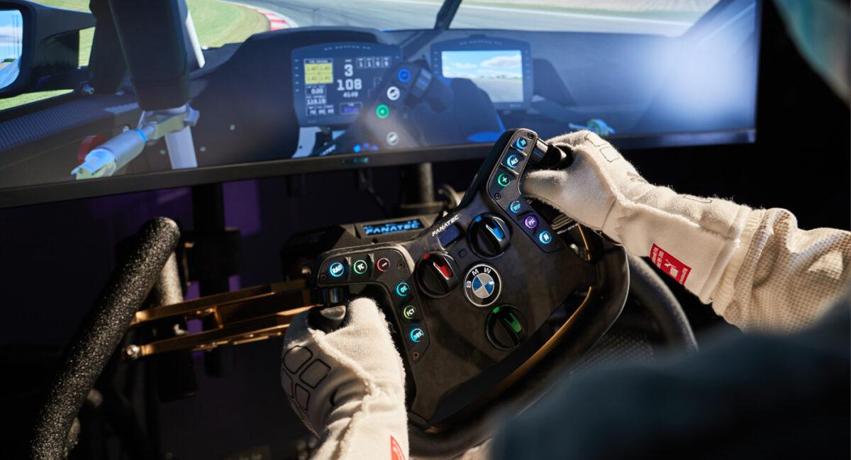 The new Fanatec Podium Steering Wheel BMW M4 GT3