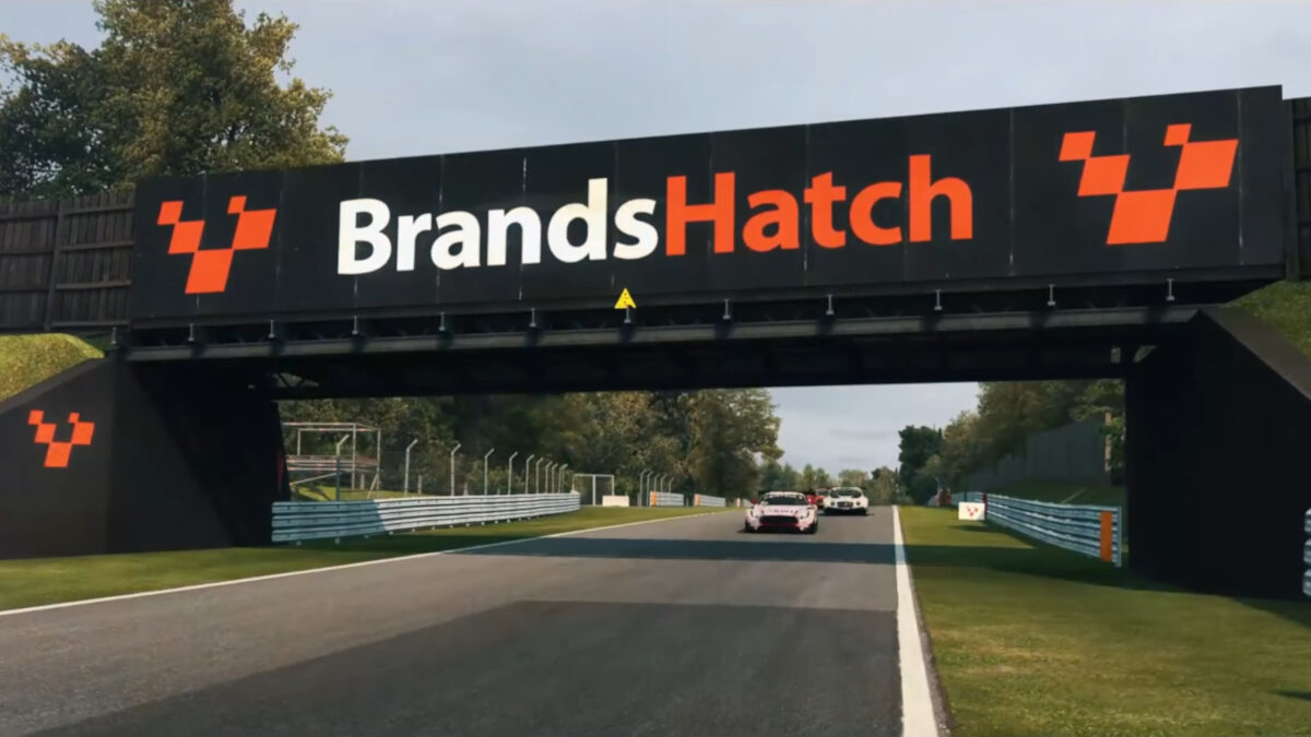 RaceRoom adds the Brands Hatch Grand Prix layout in the December 21st, 2020 update