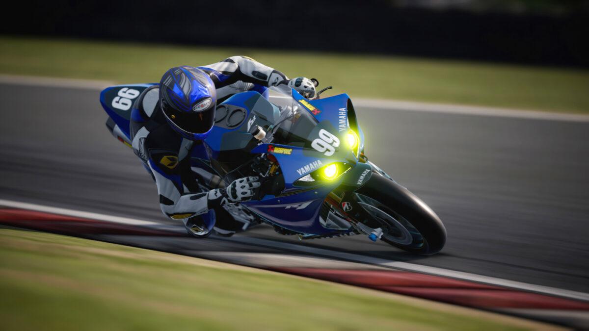 The free RIDE 4 Bonus Pack 02 adds the 2014 Yamaha R1 Endurance Bike