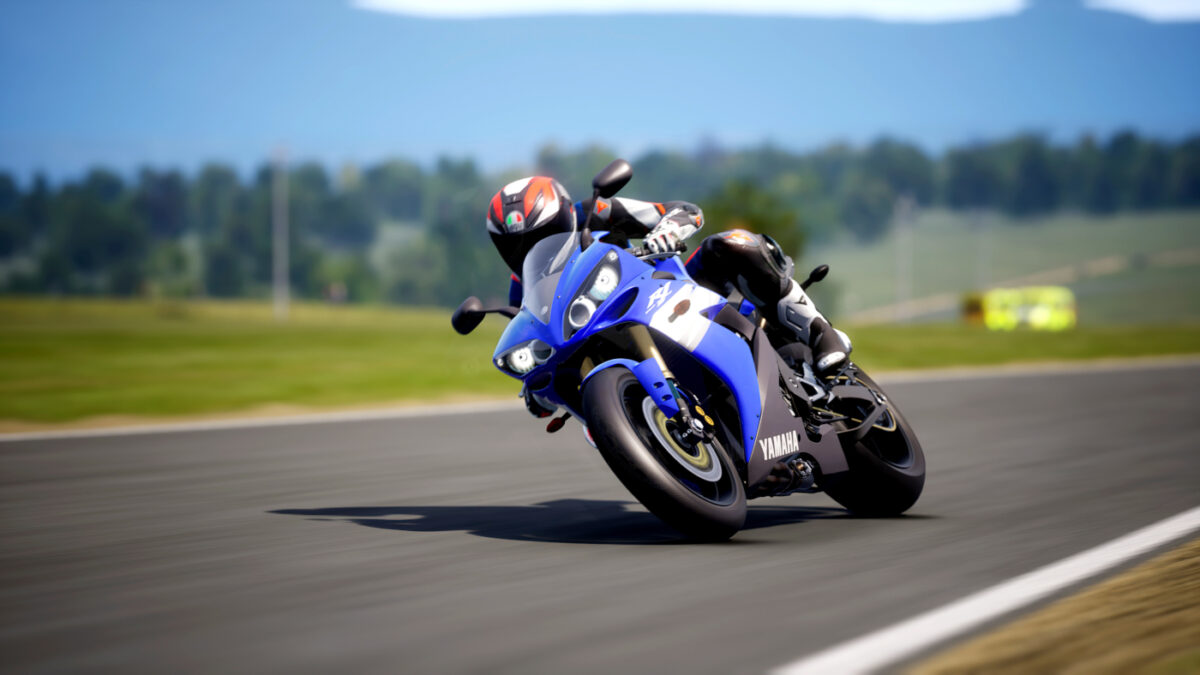 The 2004 Yamaha YZF-R1 in RIDE 4