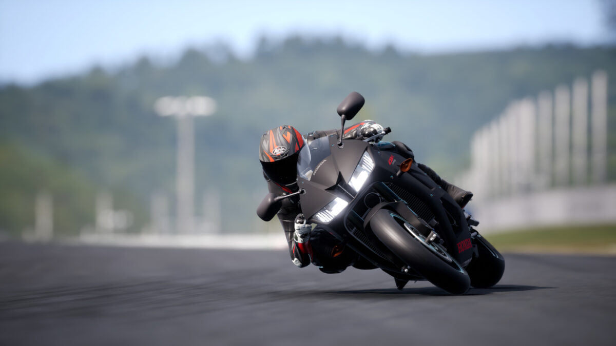 The RIDE 4 600cc Passion DLC adds the 2018 Honda CBR 600RR