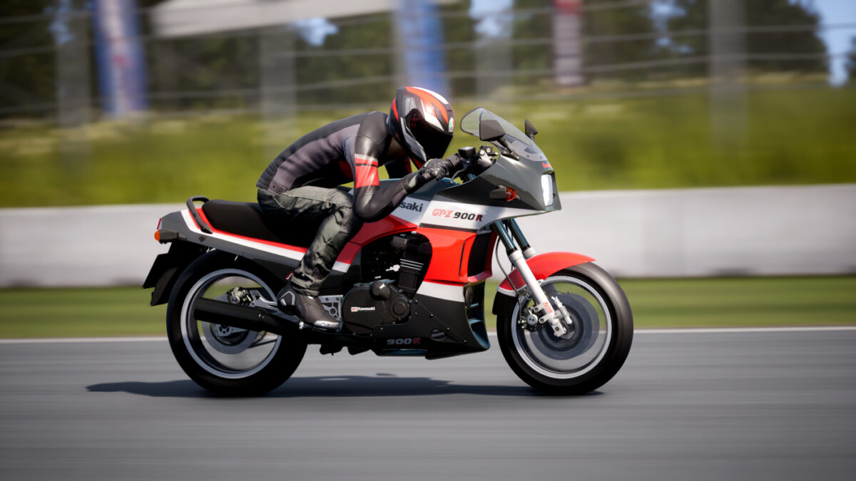 You can be just like Tom Cruise in Top Gun, by riding the Kawasaki GPZ 900R Ninja in RIDE 4