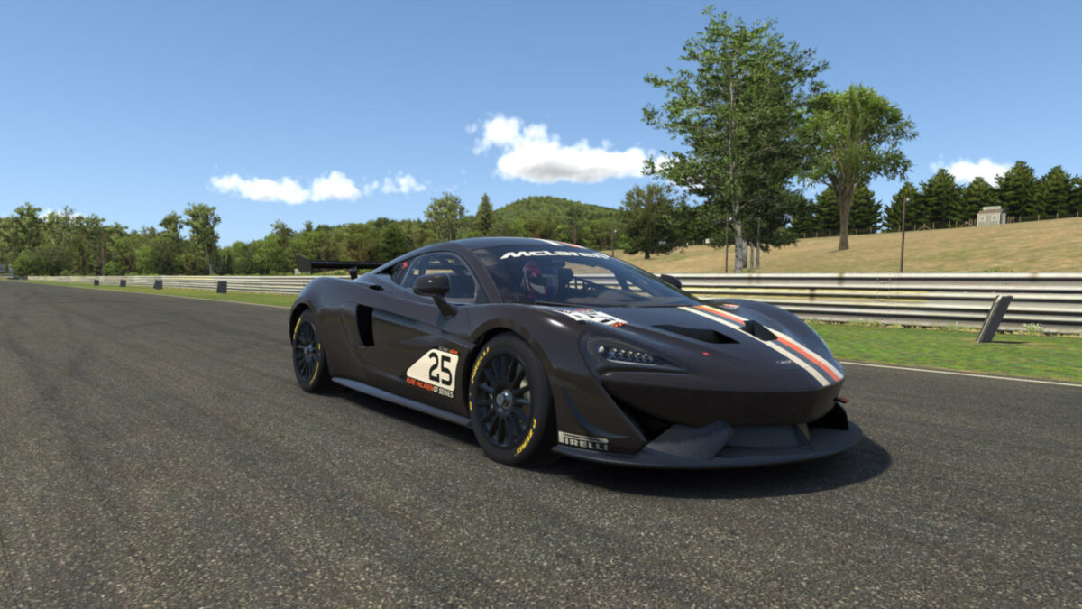 iRacing 2021 Season 2 Hotfix 1 and the McLaren 570s GT4 have both arrived
