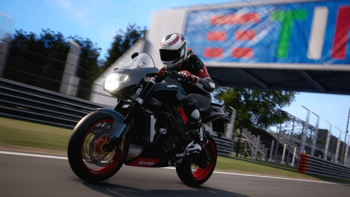 The RIDE 4 Power Naked DLC finishes off with the 2004 Aprilia Tuono