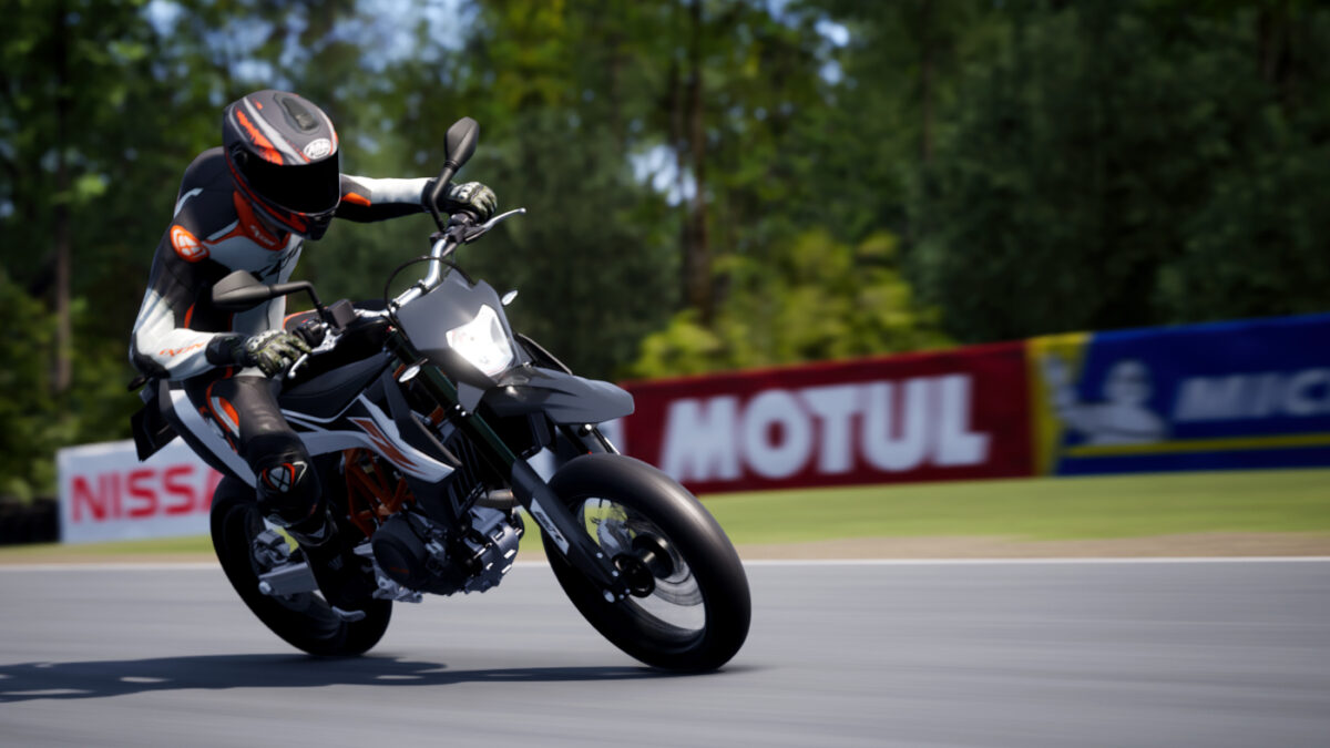 The 2019 KTM 690 SMC R in the RIDE 4 Street Kings DLC Pack