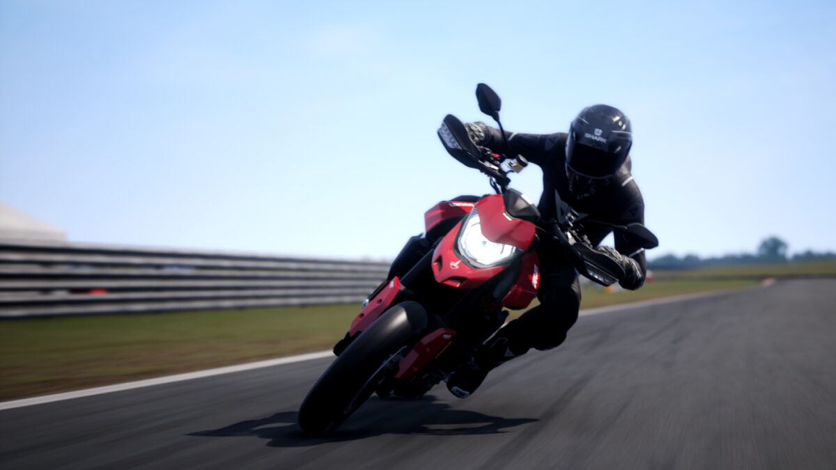 The RIDE 4 Street Kings DLC includes the 2019 Ducati Hypermotard 950